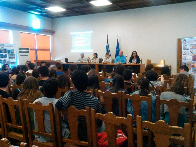 Μαθητές από την Ιταλία ξεναγήθηκαν  στην ιστορία του Βόλου και της Αργούς
