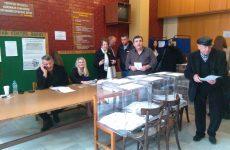 Αθρόα  η συμμετοχή των Νεοδημοκρατών στις σημερινές εσωκομματικές εκλογές