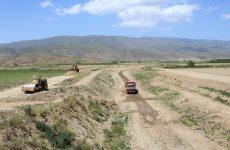 Με εντατικούς ρυθμούς οι εργασίες των αντιπλημμυρικών έργων στην λεκάνη Κάρλας