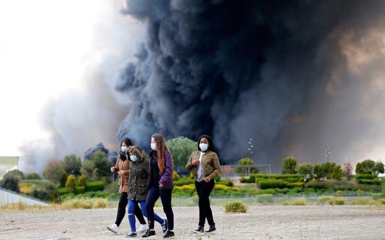 Μαδρίτη: Τεράστια πυρκαγιά σε χωματερή