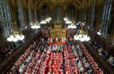 Βρετανία: Οι προγραμματικές δηλώσεις της κυβέρνησης, δια στόματος Ελισάβετ