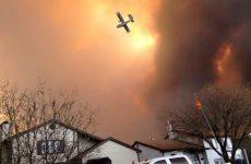 Εκκενώθηκε πόλη του Καναδά λόγω πυρκαγιάς