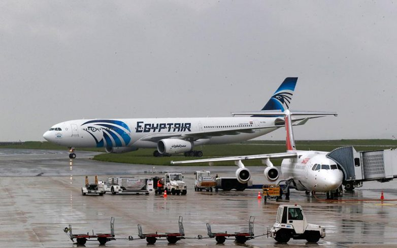 Διαψεύδουν οι ελληνικές αρχές ότι εντοπίστηκαν τα συντρίμμια του αεροσκάφους της EgyptAir