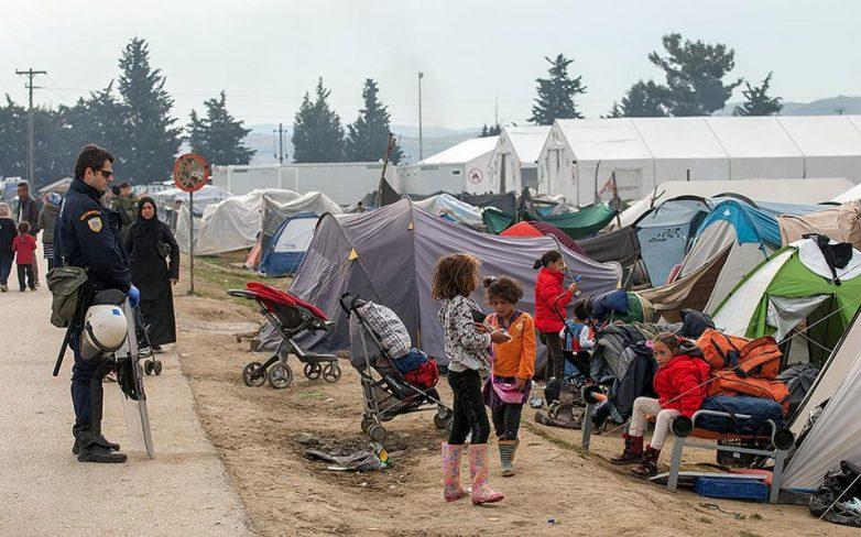 Χωρίς απρόοπτα η εκκένωση της Ειδομένης