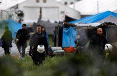 Σε εξέλιξη η επιχείρηση εκκένωσης του καταυλισμού της Ειδομένης