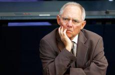 CDU: Έτοιμος να αποχωρήσει από το υπουργείο Οικονομικών ο Σόιμπλε