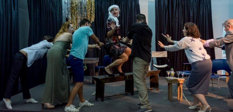 """""""Στον Λάκκο με τα Φίδια"""" οι ΔραΠαίκτες Βόλου αύριο και μεθαύριο στο Volos Festival"""