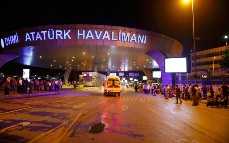Κωνσταντινούπολη: 41 νεκροί από την βομβιστική επίθεση στο αεροδρόμιο Ατατούρκ