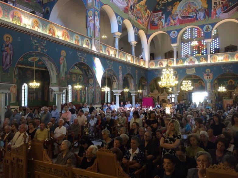 Β'  Χριστουγεννιάτικη Θεία  Λειτουργία στον  Ιερό  Ναό Αναλήψεως του Χριστού Βόλου