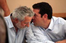 Ολοκληρωτική αναδίπλωση της κυβέρνησης υπέρ της Cosco