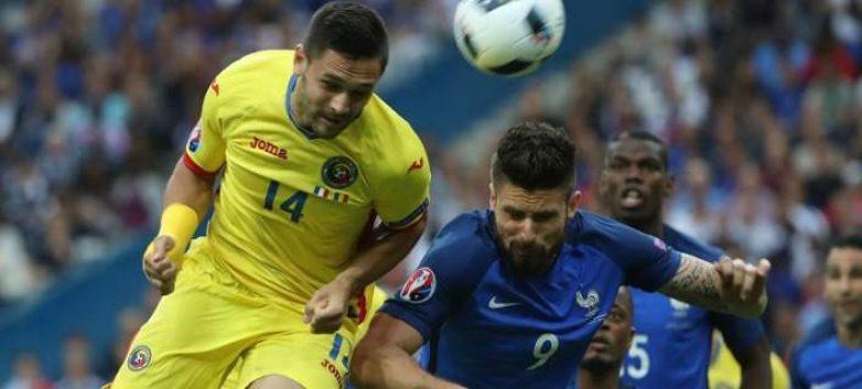 Δύσκολα η Γαλλία νίκησε με 2-1 τη Ρουμανία
