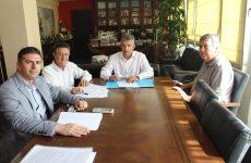 Στην άρδευση 50.000 στρεμμάτων από τρία πρόχειρα φράγματα στον Πηνειό προχωρά η Περιφέρεια Θεσσαλίας