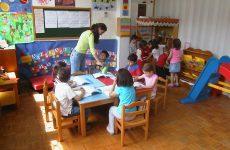 Σε παιδικούς σταθμούς παιδιά οικογενειών με εισόδημα κάτω από το όριο της φτώχειας μέσω του ΕΣΠΑ