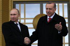 Πρώτη επίσημη επαφή Ερντογάν – Πούτιν μετά από μήνες εντάσεων