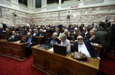 Άτυπη ανταρσία βουλευτών του ΣΥΡΙΖΑ στην τροπολογία για το άσυλο
