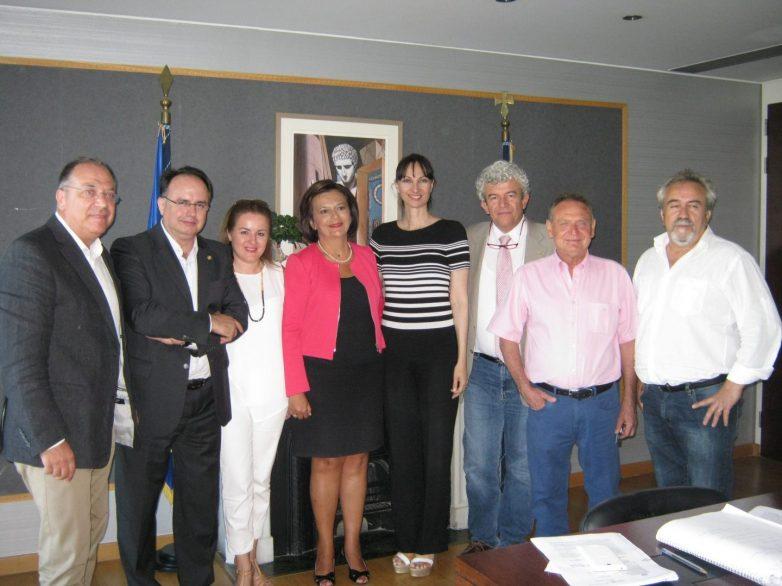 Με την αναπληρώτρια υπουργό Τουρισμού συναντήθηκαν Επιμελητήρια Μαγνησίας – Φθιώτιδας – Ένωση Ξενοδόχων Μαγνησίας