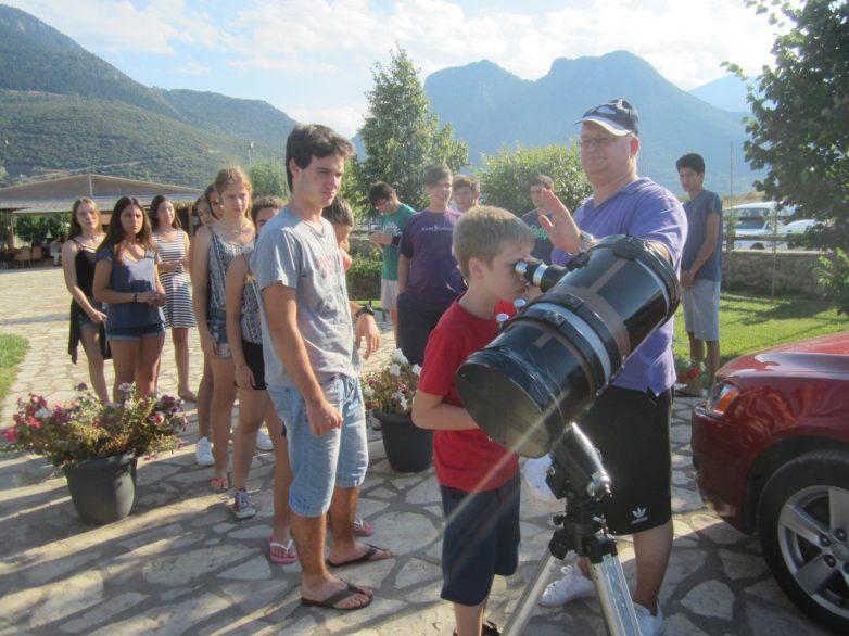 Τελειώνουν οι εγγραφές και αρχίζουν τα μαθήματατης «Φθινοπωρινής Σχολής Αστρονομίας εξ αποστάσεως 2019»