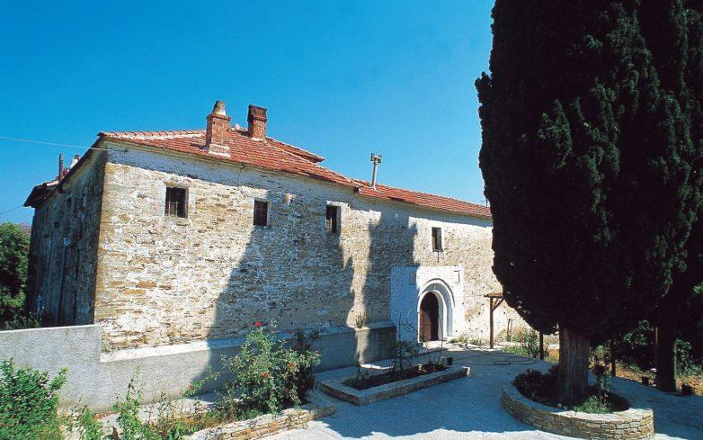 Πανηγυρίζει η Μονή του Αγίου Σπυρίδωνος στο Προμύρι