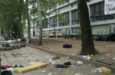 Βομβαρδισμένο τοπίο άφησαν πίσω τους οι αντιεξουσιαστές- Νέα κατάληψη στην Αθήνα