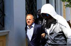 Σε δίκη για τα εξοπλιστικά ο Λιακουνάκος και άλλοι 16 εμπλεκόμενοι