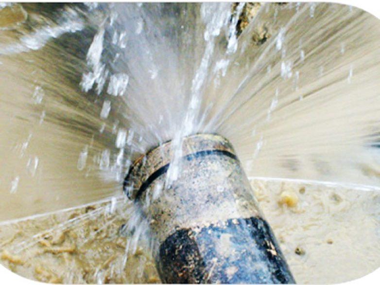 Σπασμένος αγωγός ύδρευσης  στην Πολυμέρη – Σταθά
