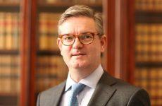 Το χαρτοφυλάκιο για θέματα Ασφάλειας της ΕΕ στον Sir Julian KING