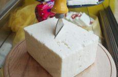 Δανέζικες εταιρείες πουλούσαν λευκό τυρί για φέτα