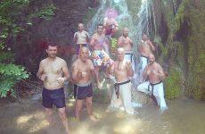 Greek mοuntain τraining  camp-shinkyokushinkai καrate  στους  καταρράκτες  του  Σκρα  Κιλκίς