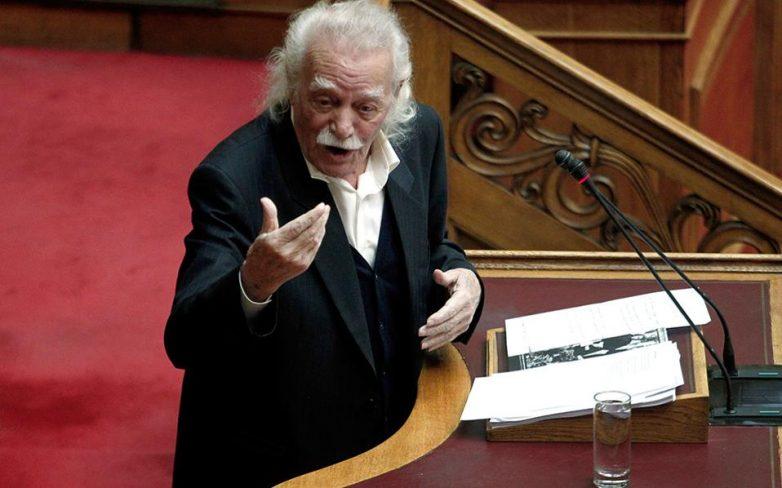 Γλέζος κατά ΣΥΡΙΖΑ: «Αγνοούν την πραγματικότητα και η πραγματικότητα θα τους ανατρέψει»