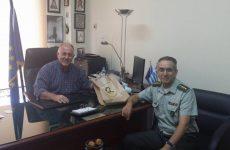 Συνάντηση δημάρχου Ρήγα Φεραίου με το νέο διοικητή του 304 ΠΕΒ