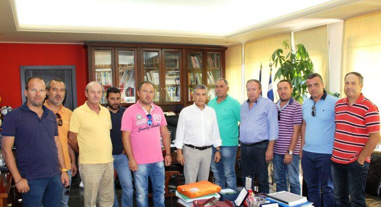 Συνάντηση περιφερειάρχη Θεσσαλίας με μέλη των αγροτικών συνεταιρισμών της επαρχίας Τυρνάβου