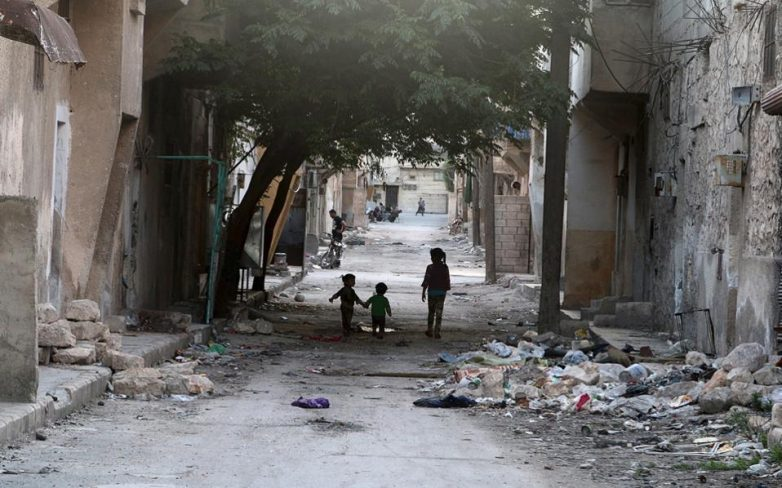 Νύχτα βομβαρδισμών με 45 νεκρούς στο Χαλέπι