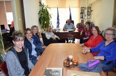 Συνάντηση του δημάρχου δήμου Ρ.Φεραίου με το νέο ΔΣ του συλλόγου γυναικών «Υπέρεια Κρήνη»