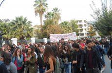 Δυναμικό το μαθητικό συλλαλητήριο σήμερα στο Βόλο