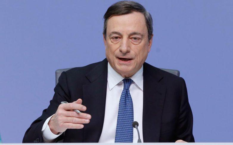 Ντράγκι: Προς όφελος της Ευρωζώνης να υπάρξει λύση για το ελληνικό χρέος