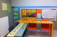 Κατώτατο ωρομίσθιο για τους εκπαιδευτικούς στα κέντρα ξένων γλωσσών