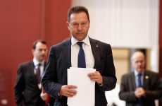 Παρέμβαση Στουρνάρα: Δεν πρέπει με κανένα τρόπο να ανακοπεί η πρόοδος της ελληνικής οικονομίας