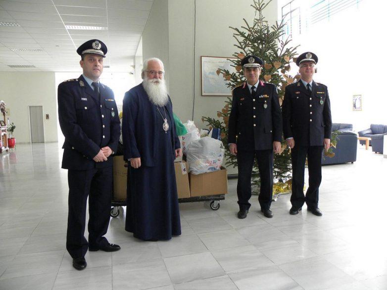 Οι Αστυνομικές Υπηρεσίες της Θεσσαλίας προσφέρουν τρόφιμα  και δώρα  σε κοινωφελή ιδρύματα και φορείς