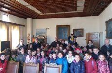 Στο δημαρχείο Βόλου μαθητές του 6ου Δημοτικού Σχολείου Νέας Ιωνίας