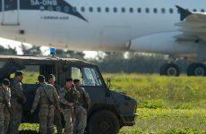 Μάλτα: Παραδόθηκαν και συνελήφθησαν οι αεροπειρατές – Ελεύθεροι οι επιβάτες