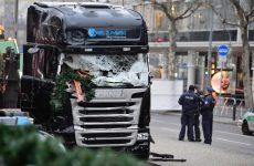 Ελεύθερος αφέθηκε ο συλληφθέντας μετά την επίθεση στο Βερολίνο – Ασύλληπτος παραμένει ο δράστης
