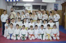Στο ΚΥΠΕΛΛΟ  ΚΑΡΑΤΕ Κεντρικής Ελλάδος Εγχρώμων και Μαύρων Ζωνών η ΑΚΑΔΗΜΙΑ Shinkyokushinkai Karate Βόλου