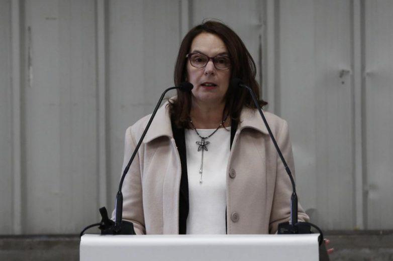 Η υφυπουργός Οικονομικών  εκπρόσωπος της κυβέρνησης στην παρέλαση