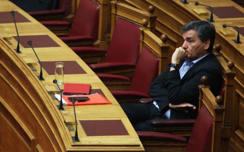 Τσακαλώτος: «Δεν μου τράβηξαν τα αυτιά» στο Eurogroup