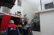 Φωτιά σε διαμέρισμα στην Γατζέα