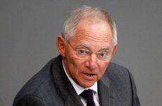 Σόιμπλε: «Προϋπόθεση για την εκταμίευση χρημάτων προς την Ελλάδα η συμμετοχή του ΔΝΤ»
