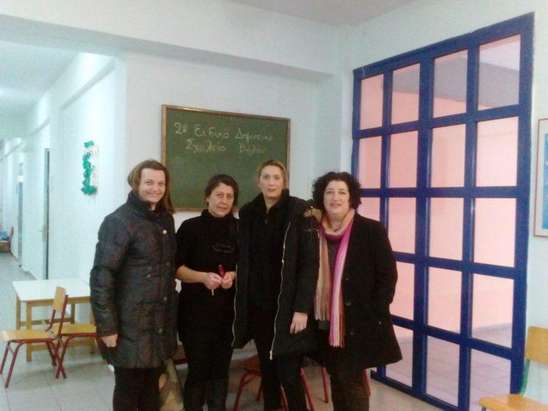 Η Ένωση Συλλόγων Γονέων  συνεχίζει να μοιράζει βιβλία