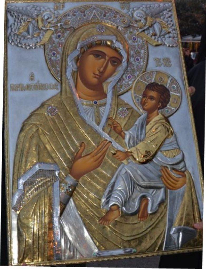 Αντίγραφο της Παναγίας Δοχειαρίτισσας στην Ευξεινούπολη