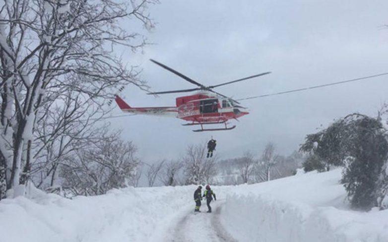 Ιταλία: Σαρώθηκε το ξενοδοχείο από την χιονοστιβάδα – φόβοι για 30 νεκρούς, μετακινήθηκε κατά 10 μέτρα το κτίριο
