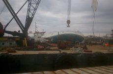 Ημιβυθισμένο  στο λιμάνι του Βόλου το τουριστικό σκάφος «ΦΑΕΘΩΝ»